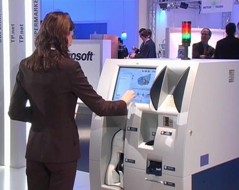 TPiShop: Wincor Nixdorf rend le client autonome avec sa caisse automatique!