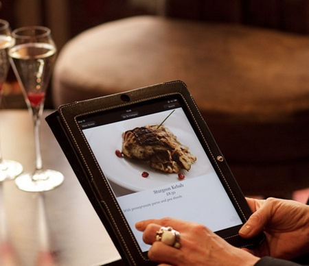 Consultation de menu et prise de commande sur tablette