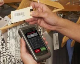 scan d'une étiquette code-barre avec le Honeywell Captuvo SL22