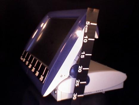 mesure de la hauteur du TPV POSligne Odyssé, écran ouvert