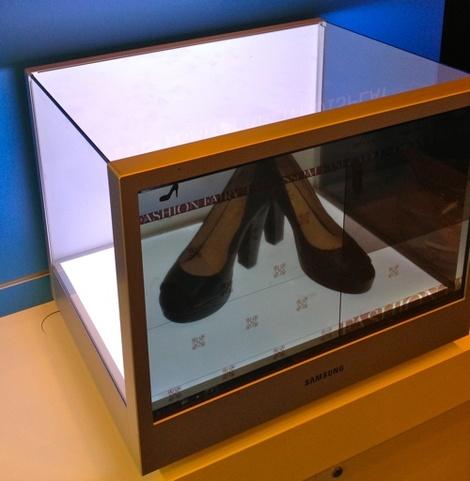 Ecran transparent et interactif de Samsung